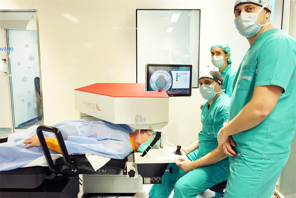 New generation device for laser cataract surgery is being tested at Svjetlost Eye Clinic